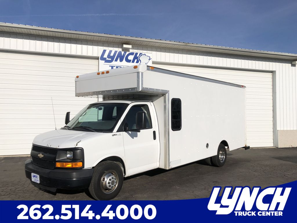 Pre-Owned 2009 Chevrolet Express Commercial Cutaway 3500
