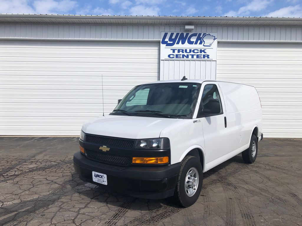 Pre-Owned 2018 Chevrolet Express Cargo Van BASE
