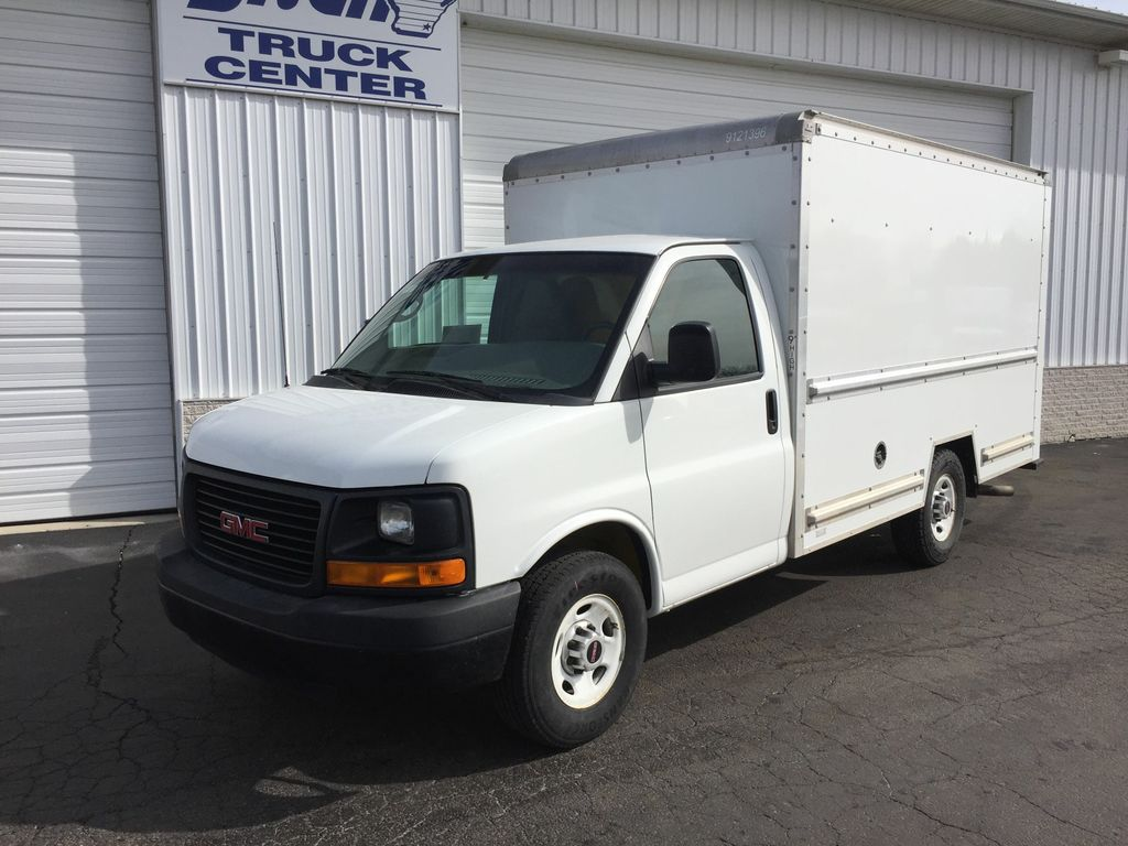 Pre-Owned 2014 GMC Savana BASE