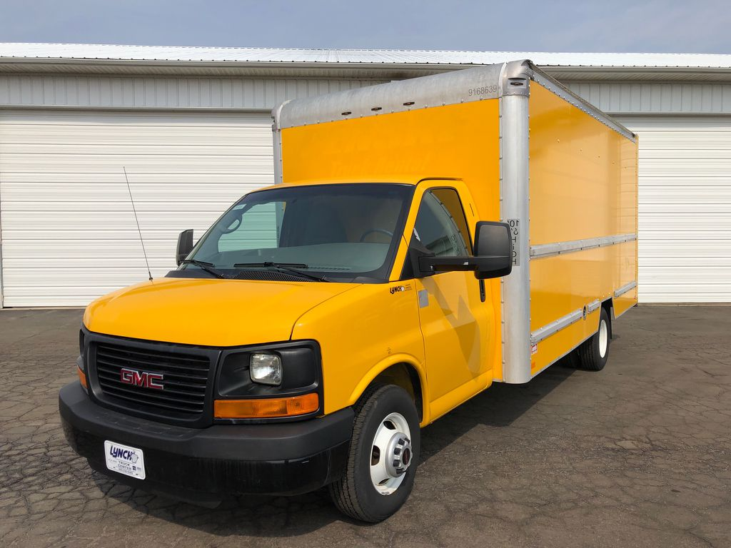 Pre-Owned 2015 GMC Savana Commercial Cutaway BASE