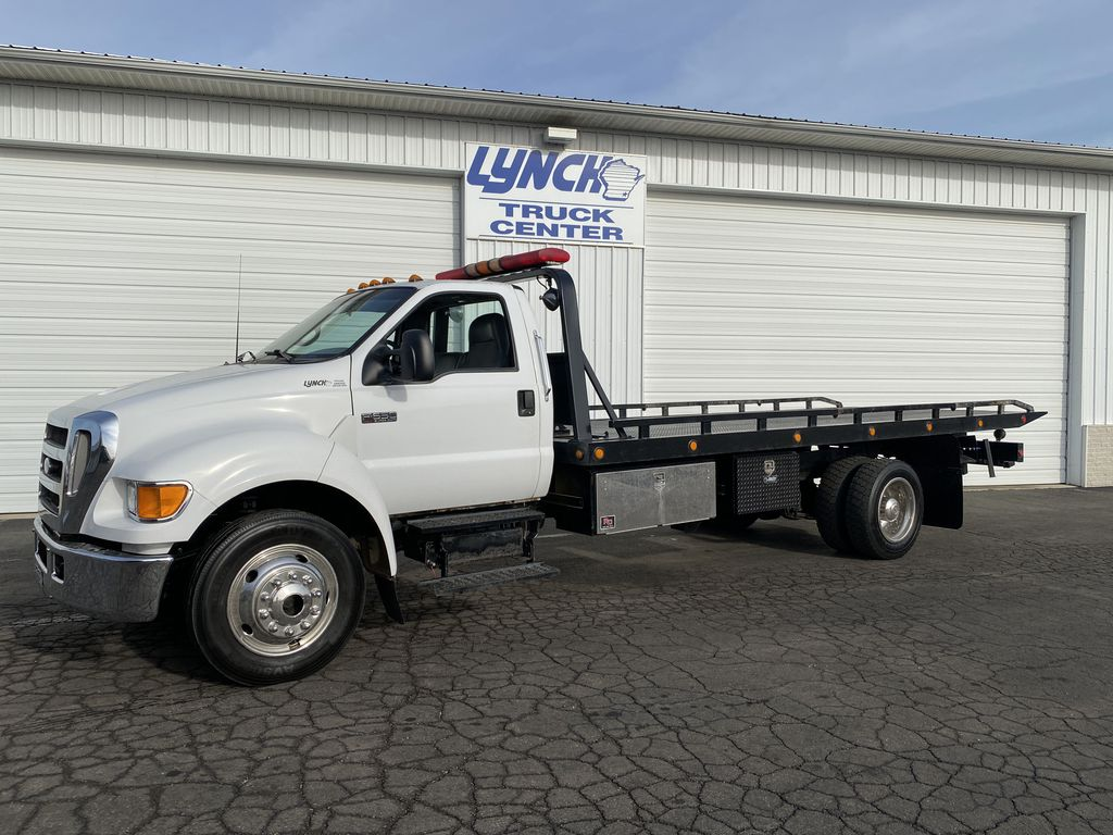 Pre-Owned 2005 Ford F650 BASE