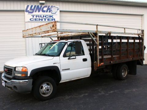 Pre-Owned 2007 GMC Sierra 3500 Classic RWD Regular Cab Stake Bed