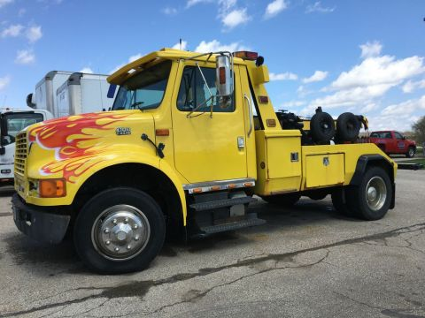 Pre-Owned 1996 International 4700 Century 602 Wrecker