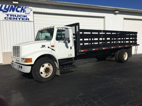 Pre-Owned 2000 International 4300 RWD Regular Cab Stake Bed