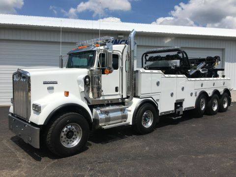 New 2019 Kenworth KNWRTH-W900 BASE