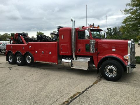 New 2019 Peterbilt Conventional 389